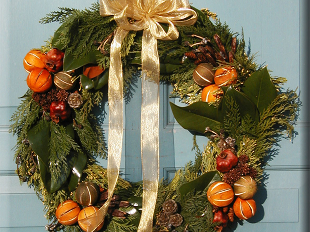 containers_wreath1